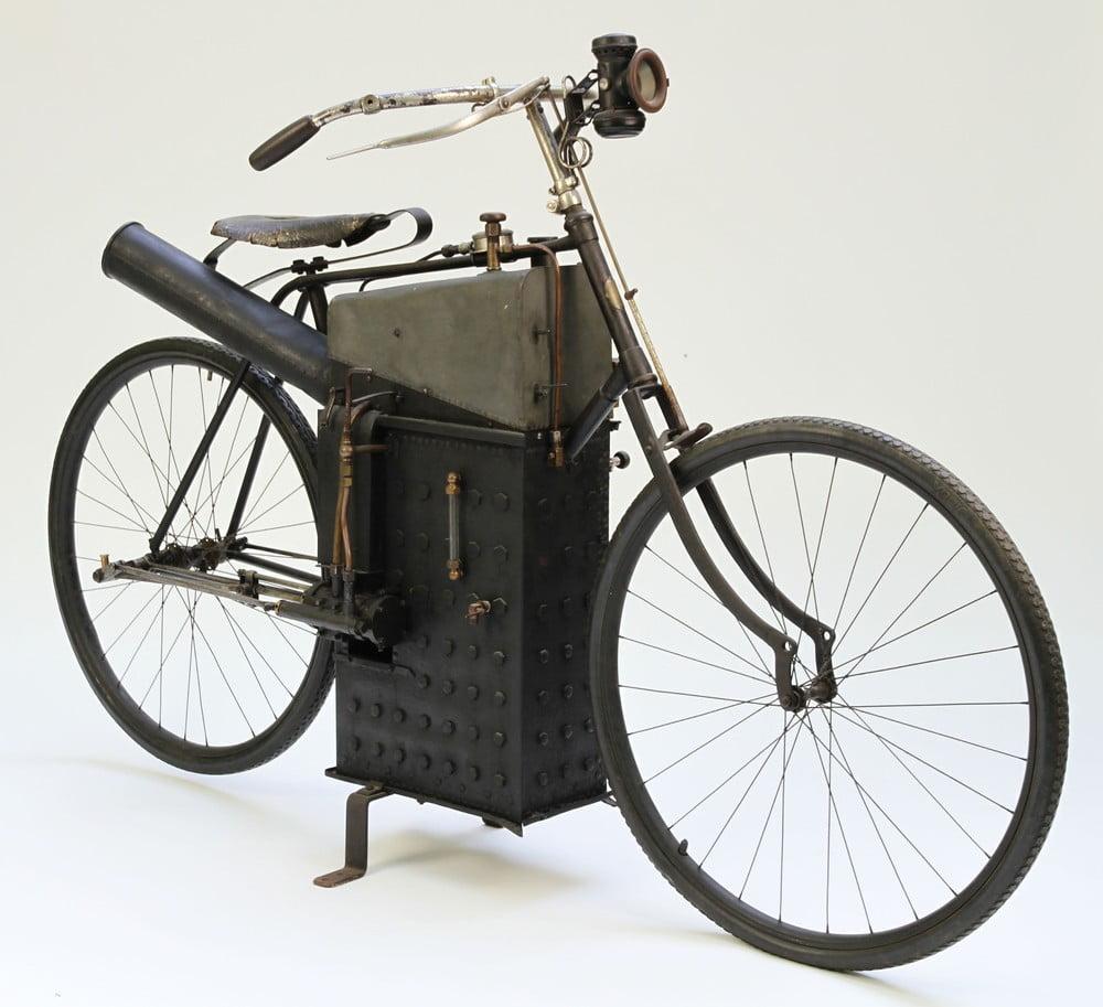 Sylvester y su bicicleta a vapor