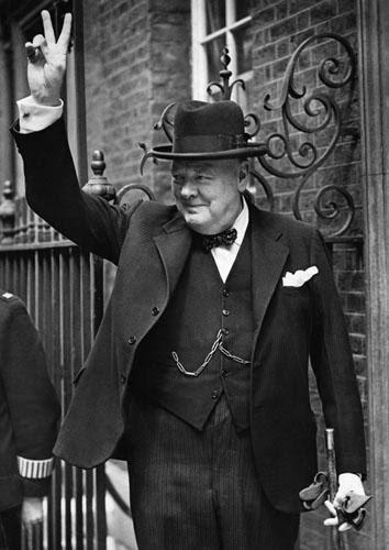 Saludo motero Churchill